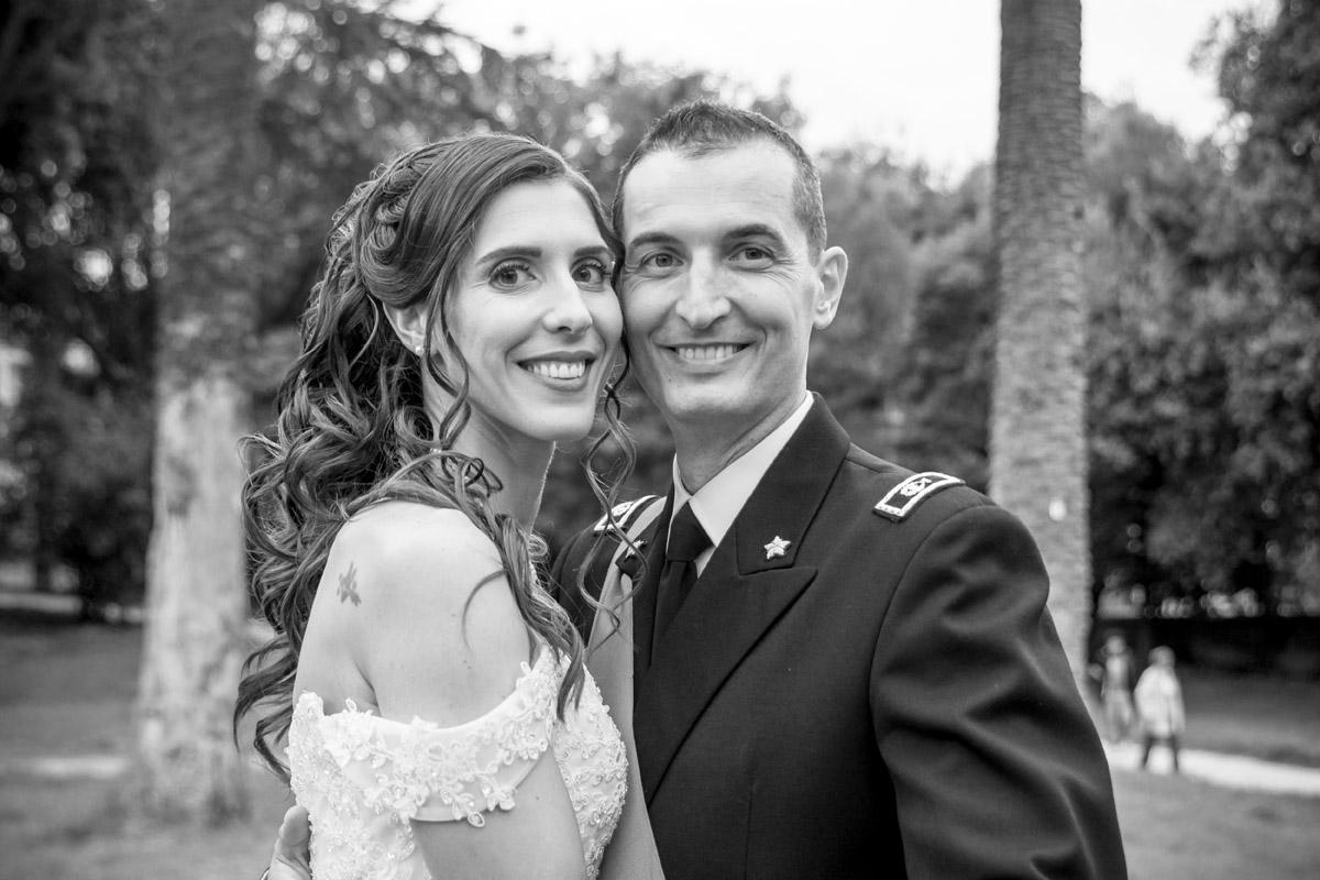 sposi meravigliosi che ridono a villa torlonia